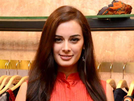 The Indian Weekly - Evelyn-Sharma-launches-own-NGO