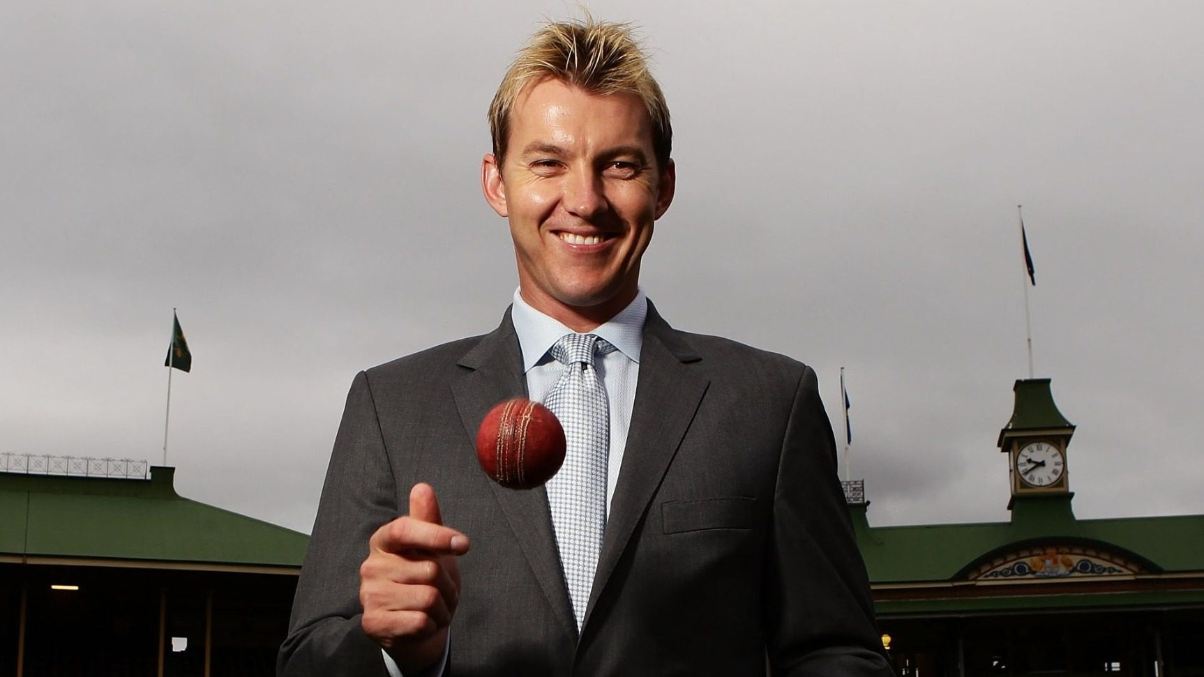Brett Lee gives to Crypto Relief for acquisition of oxygen supplies